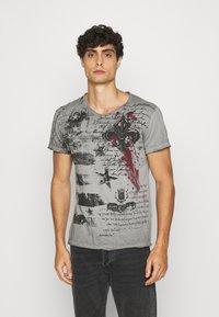 Key Largo - INDICATE ROUND - T-shirt con stampa - anthracite - 0