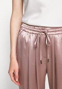 Allen Schwartz - KENLEY PANT - Trousers - mink - 7