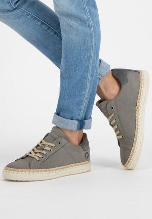 MOULINS  - Sneakers laag - grey