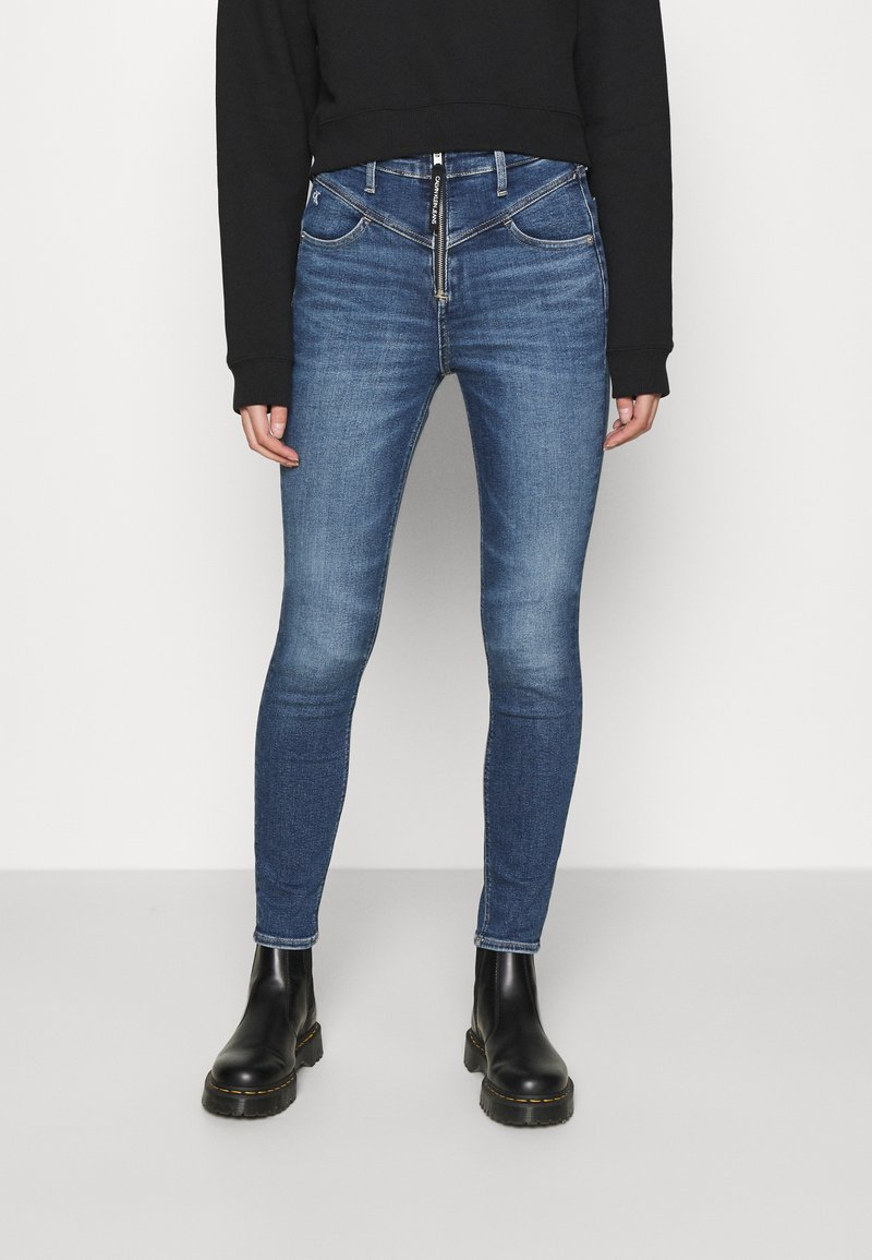 Calvin Klein Jeans - HIGH RISE  - Jeans Skinny Fit - mid blue