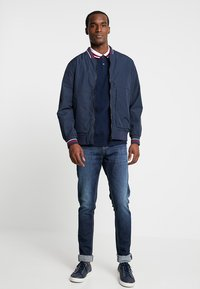 Superdry - COMPTON - Bomber Jacket - navy - 1
