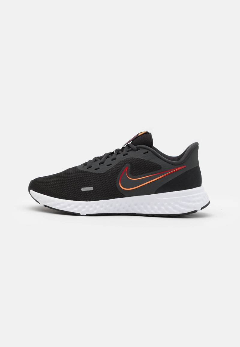 Nike Performance - REVOLUTION 5 - Hardloopschoenen neutraal - black/vast grey/total orange/gym red/reflect silver