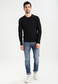 Napapijri - SENOS LS - Long sleeved top - black - 1