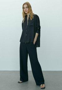 Massimo Dutti - Button-down blouse - black - 1