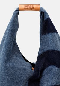 MM6 Maison Margiela - Bolso shopping - denim lavato - 4
