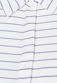 MAMALICIOUS - MLALANYA WOVEN MIDI DRESS  - Košilové šaty - snow white/stripes in crown blue - 2