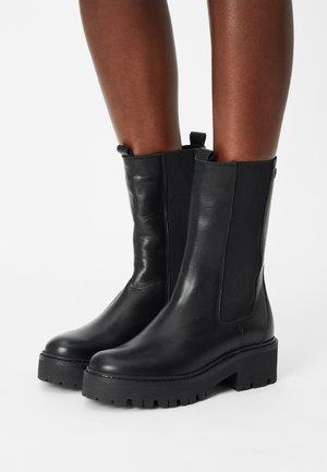 FARIN - Platåstøvler - black