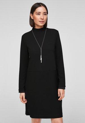 MIT STRUKTURIERUNG - Day dress - black