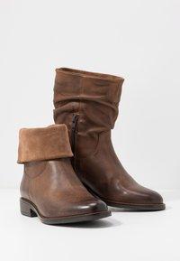 Anna Field - LEATHER CLASSIC ANKLE BOOTS - Kotníkové boty - brown - 7