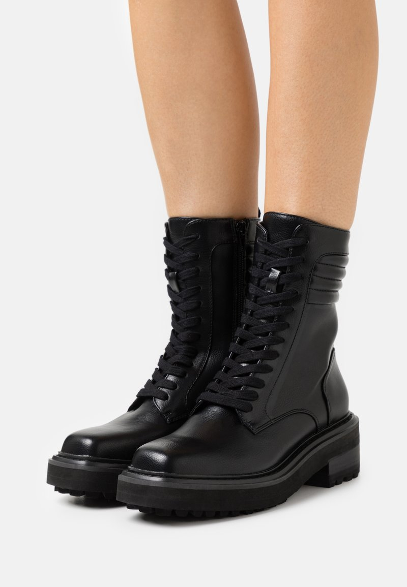 Buffalo - QUEENETH - Lace-up ankle boots - black