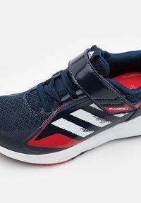 adidas Performance - FAI2GO UNISEX - Sports shoes - collegiate navy/footwear white/vivid red - 5