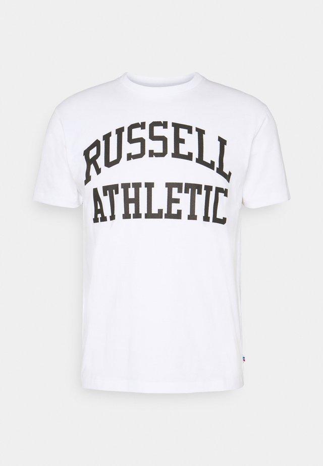 ARCH LOGO CREWNECK TEE UNISEX - Camiseta estampada - white