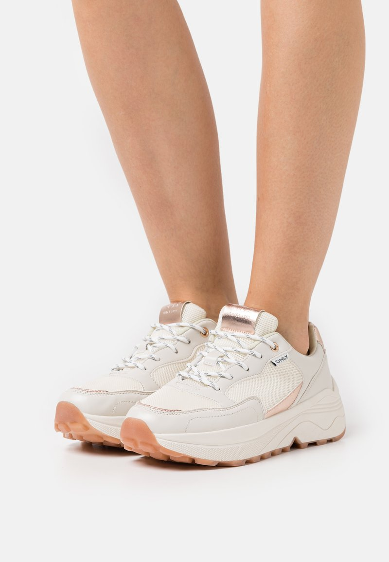 ONLY SHOES - ONLSYLVIE  - Joggesko - white