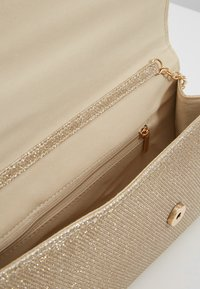 Dorothy Perkins - BAR  - Clutches - gold