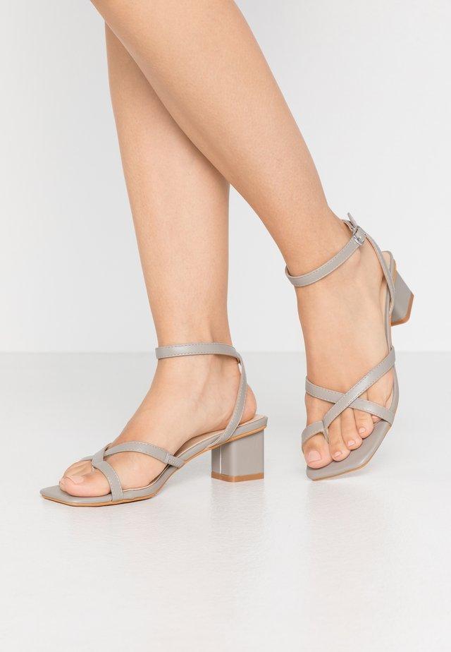 BLOCK STRAPPY - Sandals - grey
