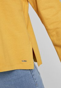 TOM TAILOR DENIM - COZY  - Sweatshirt - indian spice yellow - 4