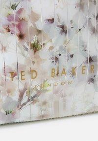 Ted Baker - SAZICON - Handbag - ivory - 4