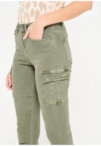 LolaLiza - Slim fit jeans - khaki - 3