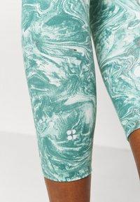 Sweaty Betty - 7/8 WORKOUT LEGGING - Medias - pale aqua green - 5