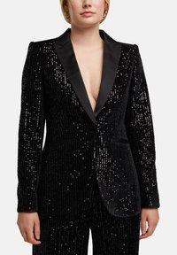 Esprit Collection - MIT PAILLETTEN - Blazer - black - 6