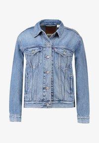 EX BOYFRIEND TRUCKER - Denim jacket - soft as butter mid