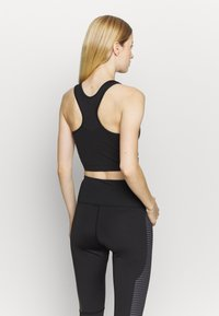 South Beach - SCOOP NECK MUSCLE BACK LONGLINE - Light support sports bra - black/cocoa - 2
