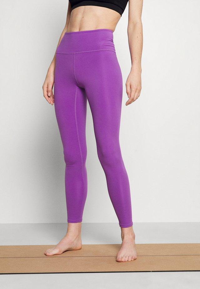 SPORT LEGGINGS - Leggings - lilac purple medium