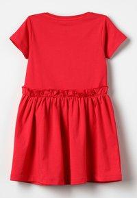 Blue Seven - Žerzejové šaty - hochrot - 1