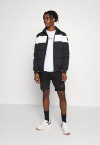 Zign - Shorts - black - 1
