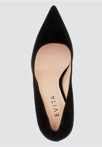 Evita - NATALIA - Klassiska pumps - black - 3