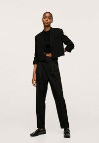 Mango - STRAIGHT-FIT - Chino kalhoty - black - 1