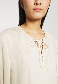 Selected Femme - SLFNAIDA SHORT DRESS - Day dress - sandshell - 5