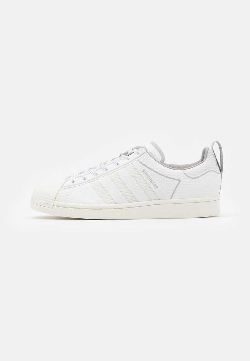 adidas Originals - SUPERSTAR SPORTS INSPIRED SHOES UNISEX - Trainers - footwear white/offwhite/grey two