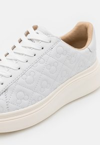 MOA - Master of Arts - DOUBLE GALLERY - Trainers - white - 6