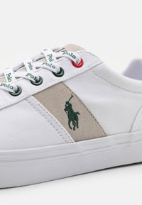 Polo Ralph Lauren - HANFORD - Sneakers laag - white/college grey - 5