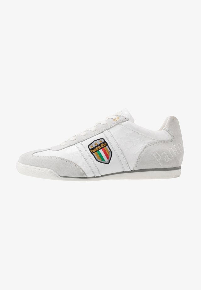 FORTEZZA UOMO - Matalavartiset tennarit - bright white