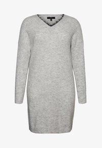 Vero Moda Curve - Abito in maglia - light grey melange - 4