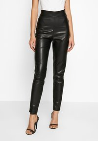 Nly by Nelly - ON POINT PANTS - Leggings - black - 0