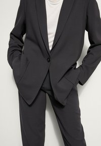 Massimo Dutti - MIT TASCHEN - Blazer - dark grey - 5