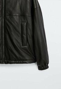 Massimo Dutti - Leather jacket - black - 3