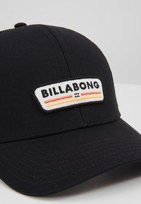 Billabong - WALLED TRUCKER - Kšiltovka - black - 2