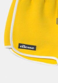 Ellesse - VICTENA - Teplákové kalhoty - yellow - 2