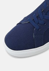 GREATS - ROYALE ECO - Sneakers laag - navy - 6