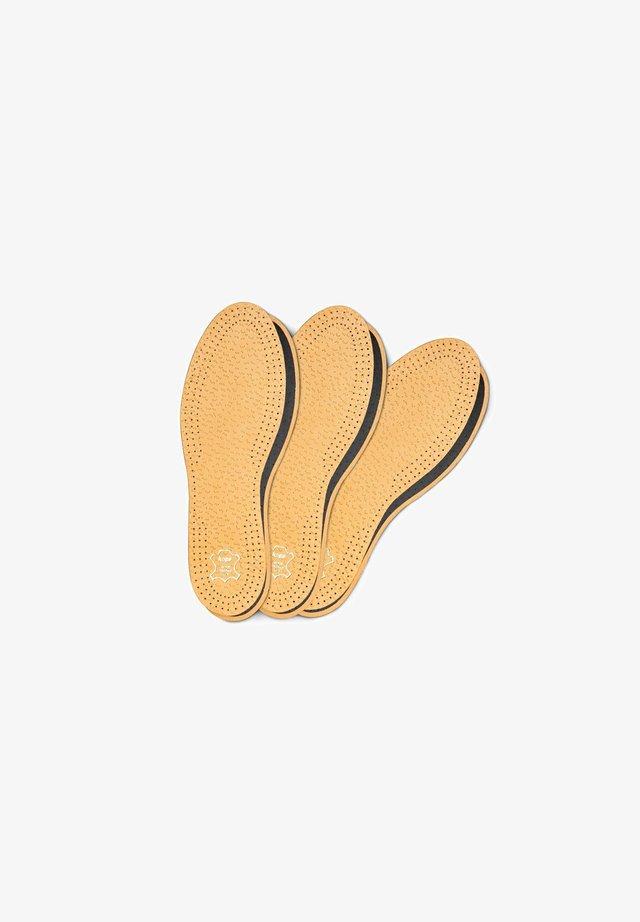 3 PAIR PACK  - Steun- en inlegzolen - beige