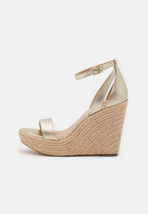 KIMBERLY WEDGE - Sandales à talons hauts - pale gold