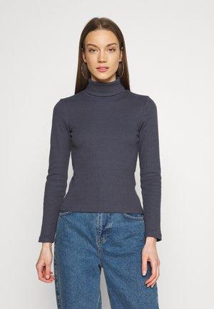 PCANNA ROLL NECK - Jumper - ombre blue