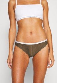 Calvin Klein Underwear - BRAZILIAN - Braguitas - khaki - 0