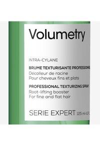L'OREAL PROFESSIONNEL - Paris Serie Expert Volumetry Spray - Hair styling - - - 2
