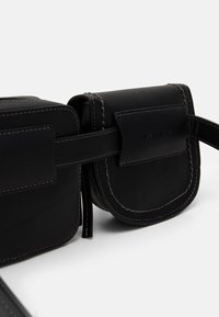 TOM TAILOR - LOTTA - Bum bag - black - 4