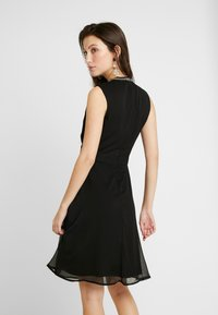 ONLY - ONLRAMON DRESS - Vestido de cóctel - black - 2
